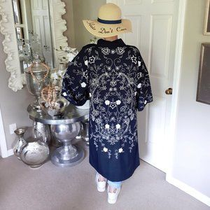 Floreat navy & white embroidered kimono duster